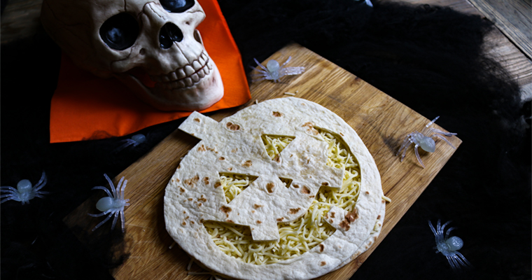enkla halloween quesadillas av tortilla